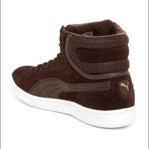 buy popular aa6d4 3b018 Puma Shoes - 🆕 PUMA – Vikky Mid Twill Soft Foam Sneaker